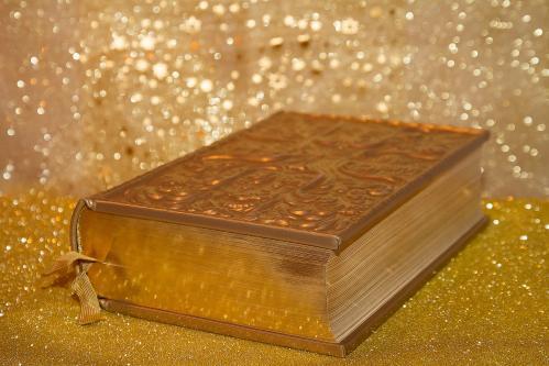 Book 3005680 1920